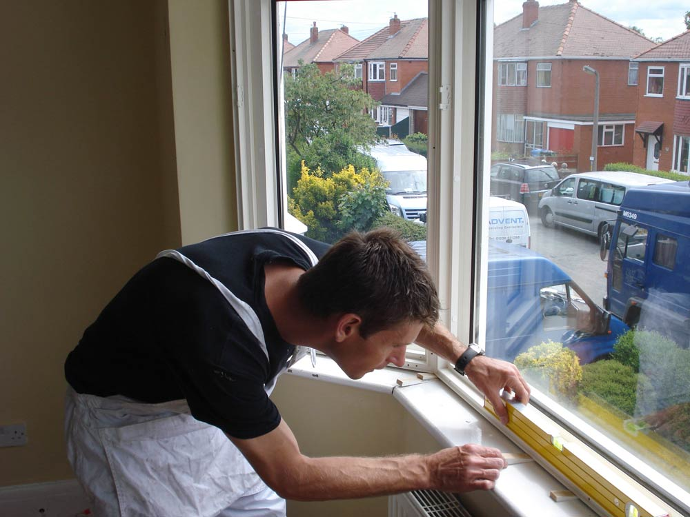 Sam fitting a bay shutter for 60min makeover