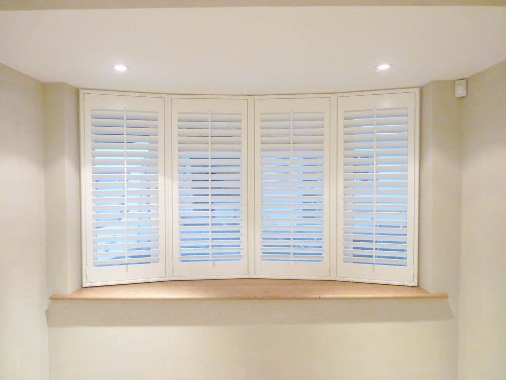 Modern bay window 64mm shutters