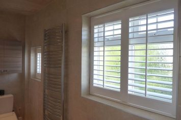 Benefits of Luxaflex plastic shutters
