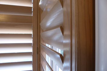 Craftsmanship of wooden interior shutters